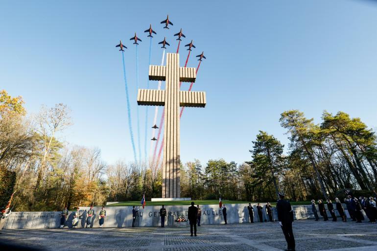 La patrouille de France rend hommage au Général de Gaulle à Colombey-les-Deux-Églises à l'occasion des 50 ans de sa mort, le 9 novembre 2020