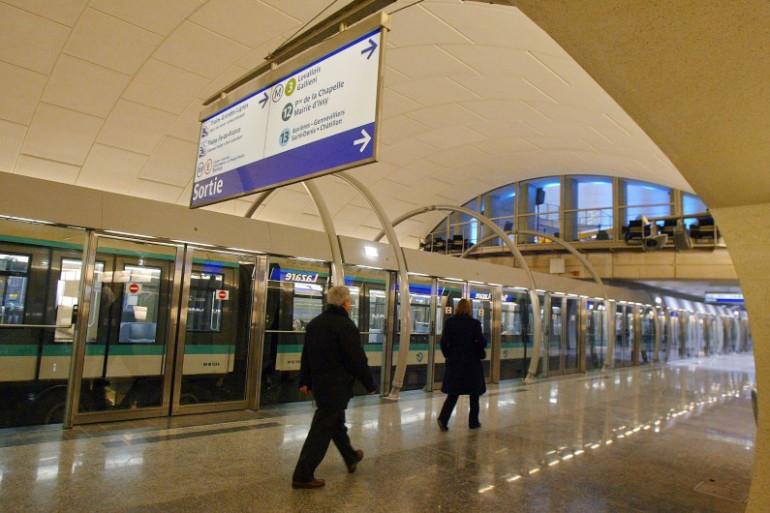 La ligne 14 du métro parisien à la station Saint-Lazare, en décembre 2003 (Archives).