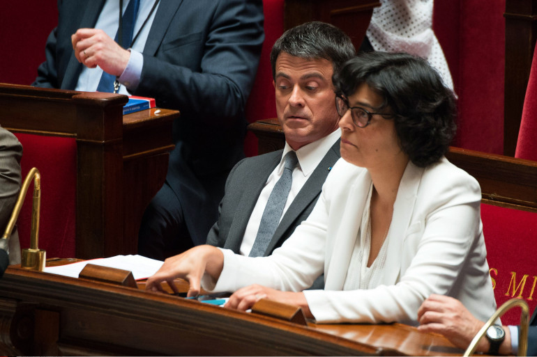 Manuel Valls et Myriam El Khomri le 5 mai 2016 à l'Assemblée nationale.