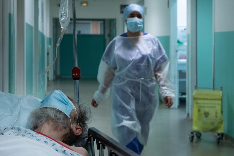 Une infirmière à l'hôpital Delafontaine à Saint-Denis (illustration)