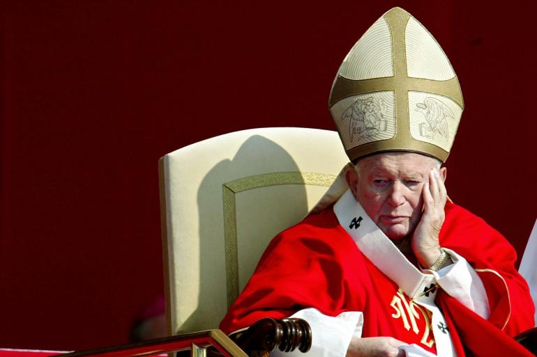 Le pape Jean-Paul II a été canonisé le 27 avril 2014.