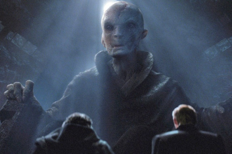 Snoke en compagnie de Kylo Ren et le Général Hux