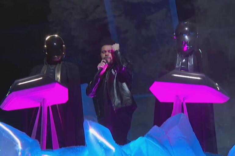 Daft Punk et The Weeknd sur la scène des Grammy Awards 2017