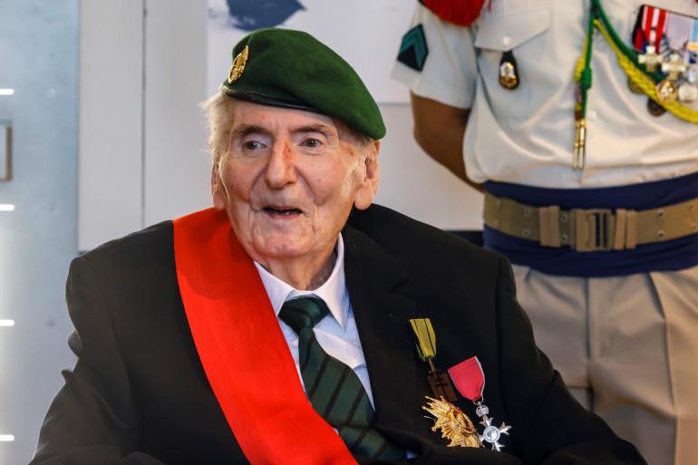 """Hubert Germain, résistant français à la Seconde Guerre mondiale, est le dernier des """"Compagnons de la Libération"""" encore en vie."""