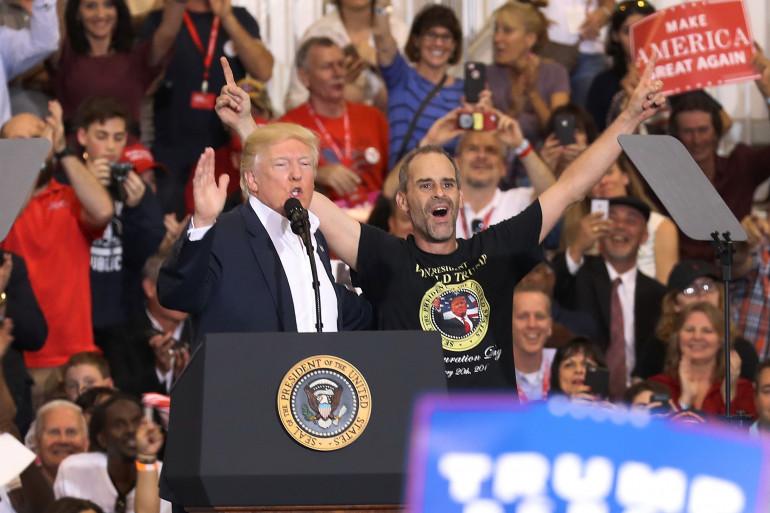 Donald Trump en meeting en Floride le 18 février 2017.