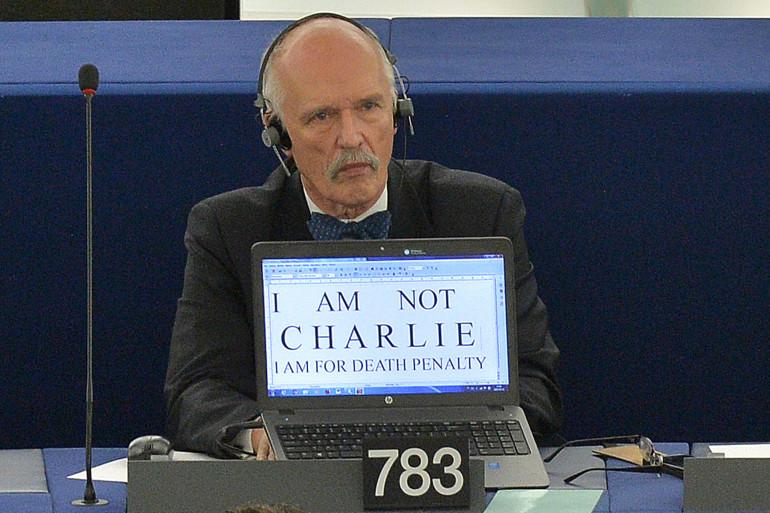 """Le député européen Janusz Korwin-Mikke a estimé le 1er mars qu'il était normal que les femmes soient """"moins payées que les hommes"""""""