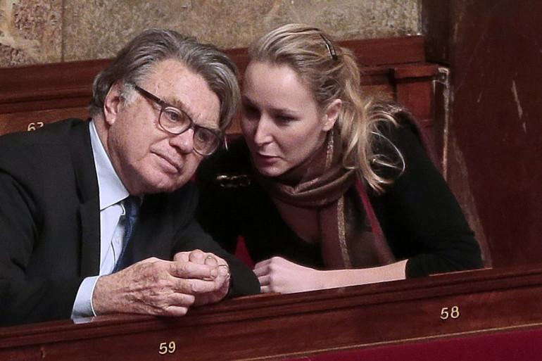 Gilbert Collard et Marion Maréchal-Le Pen à l'Assemblée nationale le 10 février 2016.