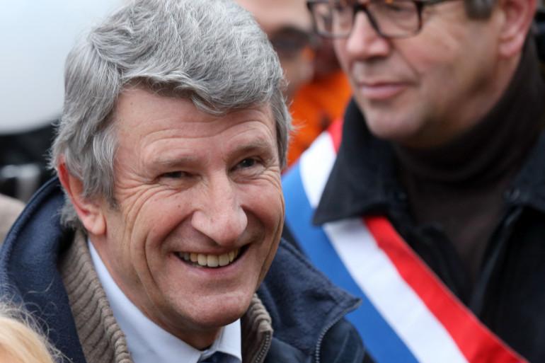 Le président du MPF (Mouvement pour la France) Philippe de Villiers, dans le défilé de la Manif pour tous, le 13 janvier 2013