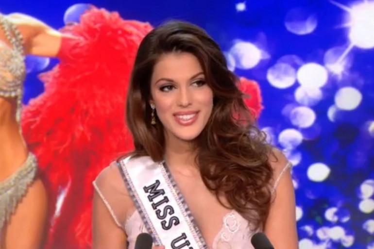 Miss Univers, Iris Mittenaere est l'invitée du journal de 13 heures sur TF1