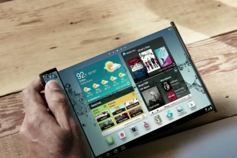 Concept de smartphone flexible présenté par Samsung en 2013