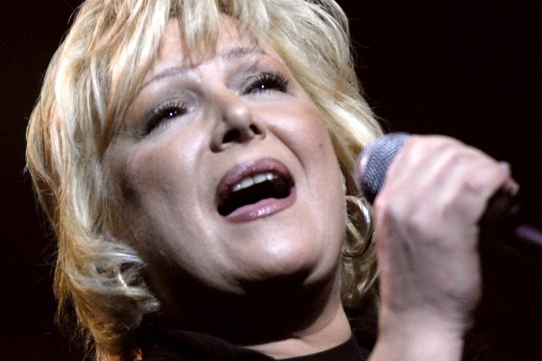 Marie Myriam, la dernière Française victorieuse à l'Eurovision en 1977, pendant la tournée Âge Tendre et Tête de Bois en 2006
