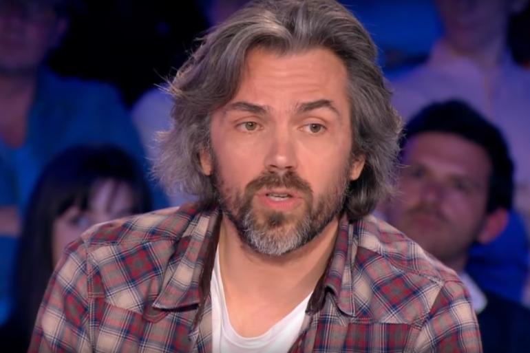 """Aymeric Caron sur le plateau d'""""On n'est pas couché"""", le 15 avril 2017"""
