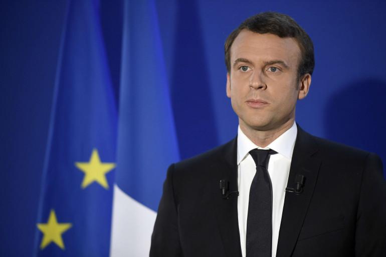 Emmanuel Macron réagit à sa victoire à la présidentielle le 7 mai.