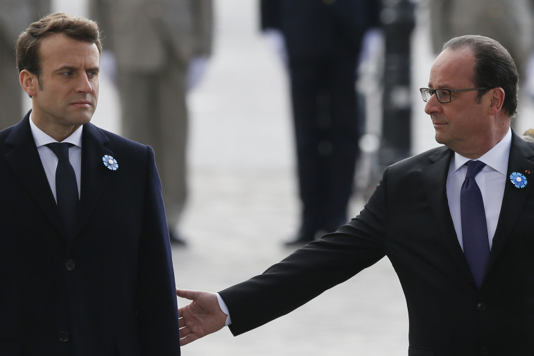 Emmanuel Macron et François Hollande, le 8 mai 2017