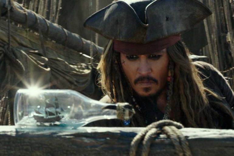 """Johnny Depp est de retour dans """"Pirates des Caraïbes : la Vengeance de Salazar"""""""