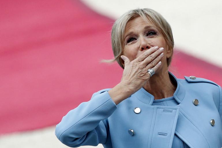 Brigitte Macron, première dame, devrait avoir un statut à part si l'on en croit la promesse d'Emmanuel Macron.