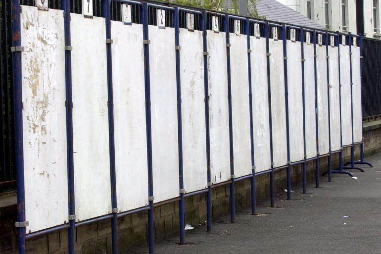 Panneaux d'affichage électoral