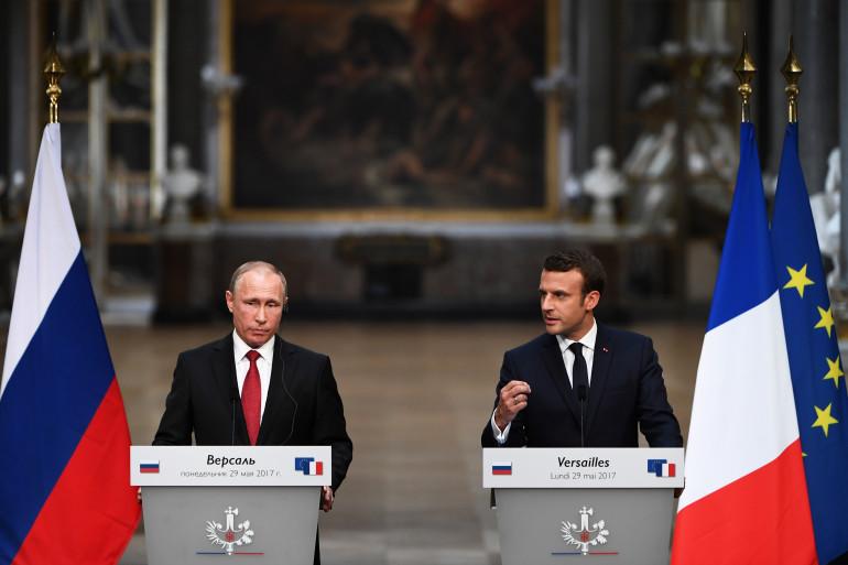Vladimir Poutine et Emmanuel Macron lors d'une conférence de presse commune à Versailles, le 29 mai 2017.