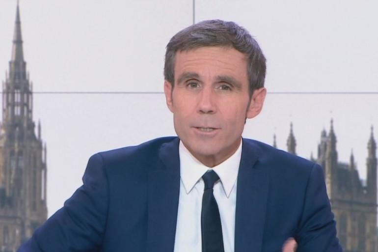 """David Pujadas a présenté son dernier """"20 heures"""" sur France 2 jeudi 8 juin"""