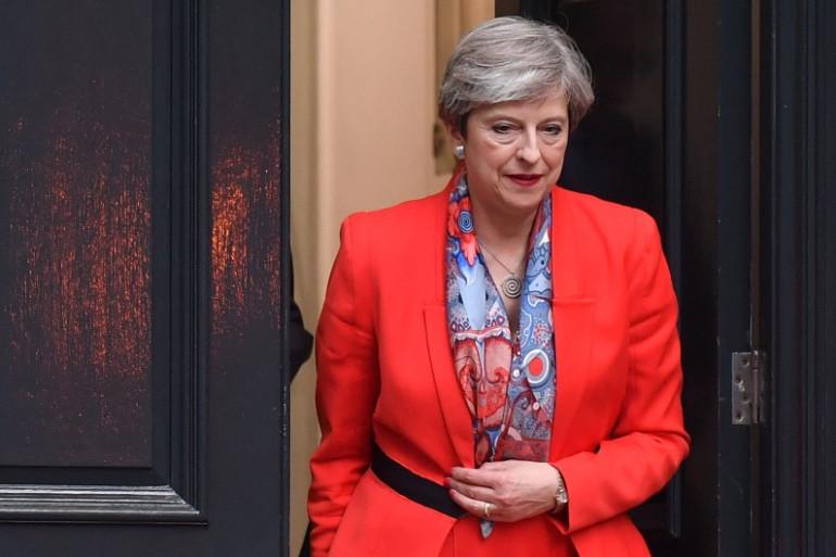 Theresa May perd sa majorité absolue avant de négocier le Brexit