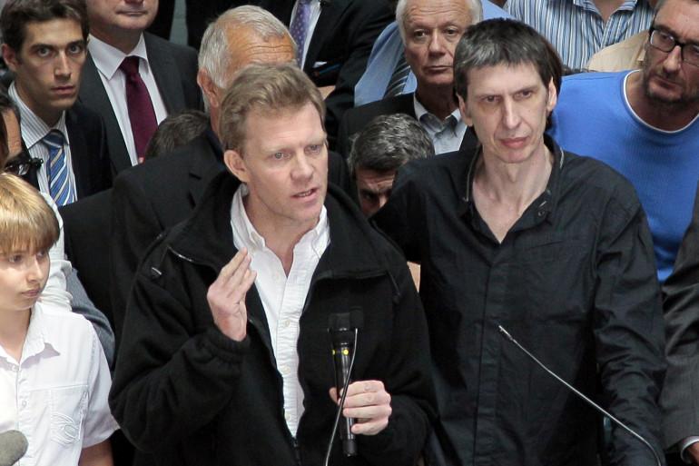 Hervé Ghesquière et Stéphane Taponier, le 30 juin 2011.