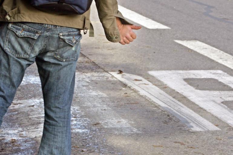 Un auto-stoppeur (Illustration)
