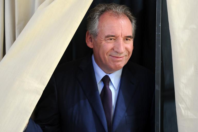 François Bayrou a voté à Pau, dimanche 18 juin