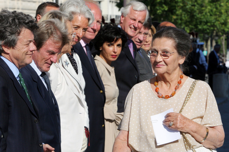 Simone Veil devant les membres du gouvernement Fillon le 1er juillet 2008 à Paris.