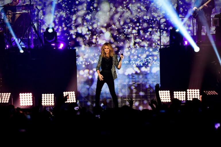 Céline Dion en concert à Paris le 4 juillet 2017-taille