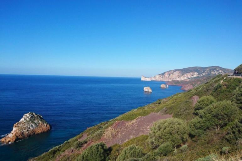 Une vue des paysages de Sardaigne (Illustration)