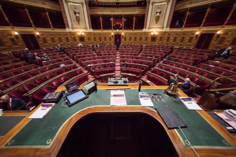 L'hémicycle du Sénat vu depuis le bureau du président de la Chambre haute