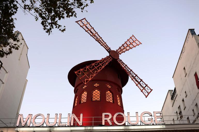 Le Moulin Rouge à Paris (Illustration)