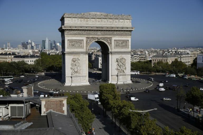 L'Arc de Triomphe à Paris (Illustration)