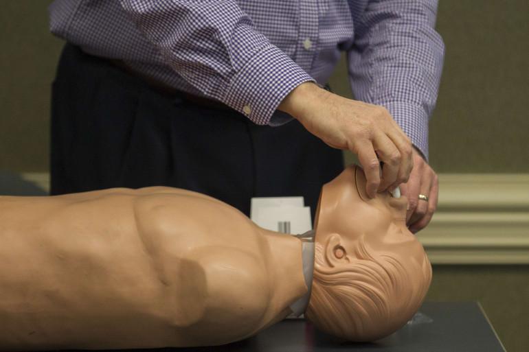Le spray nasal à base de naloxone peut dans la plupart des cas éviter l'overdose mortelle.