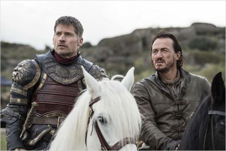 Jaime et Bronn, à la tête de l'armée des Lannister, se sont retrouvés face à un dragon en chai ret en os