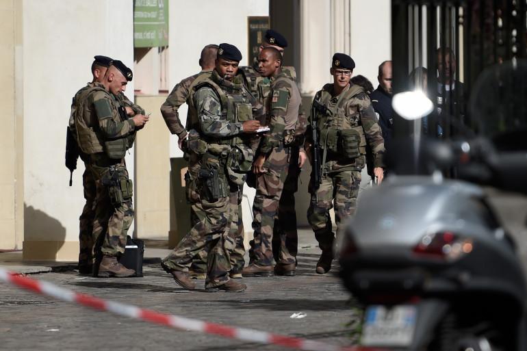 Des militaires à Levallois, mercredi 9 août 2017