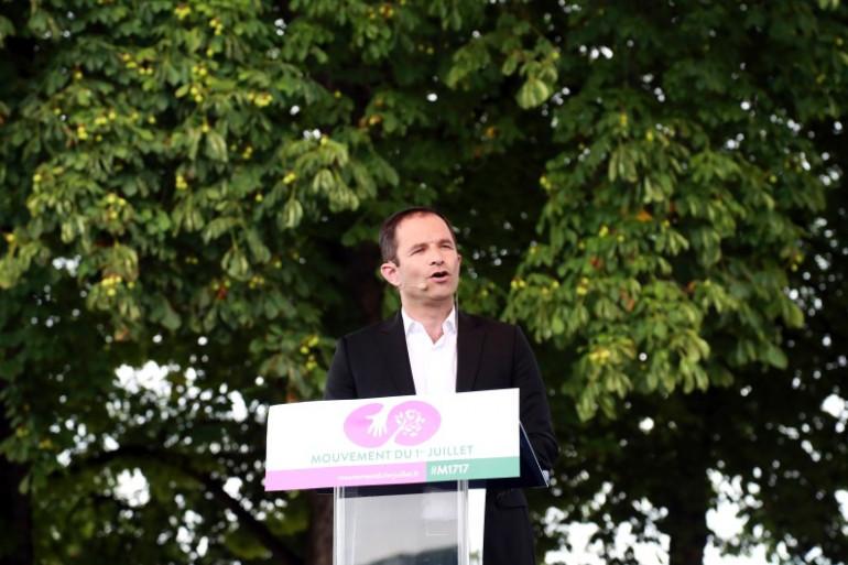 """Benoît Hamon lors de la présentation du """"Mouvement du 1er juillet 2017""""."""