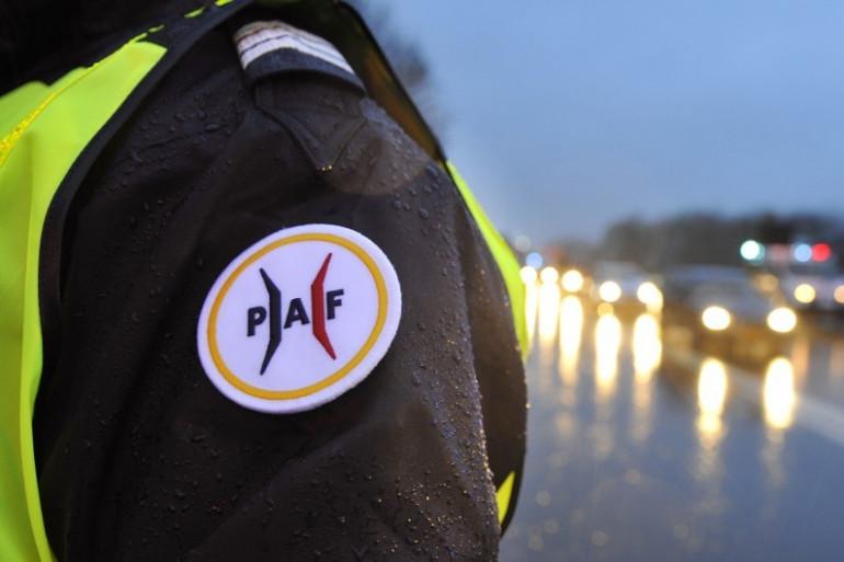 Un agent de la Police aux frontières (PAF), le 19 novembre 2015 à la frontière avec le Luxembourg