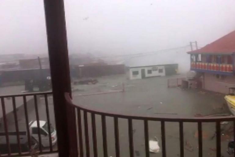 Une capture d'écran d'une vidéo après le passage de l'ouragan Irma