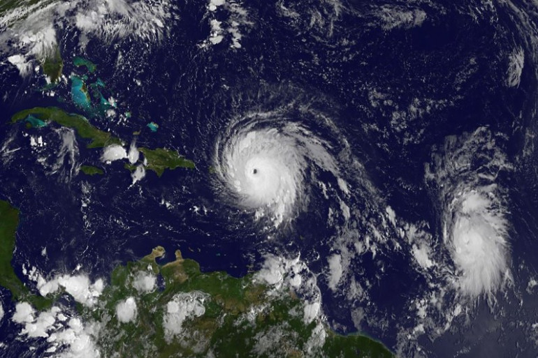 L'ouragan Irma (au centre) et l'ouragan José (à droite) le 6 septembre.