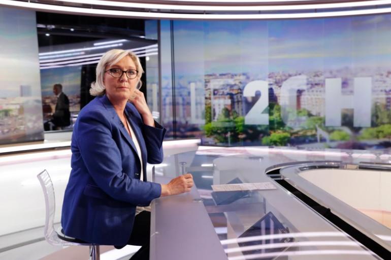 Marine Le Pen sur le plateau du 20 Heures de TF1, le 7 septembre 2017