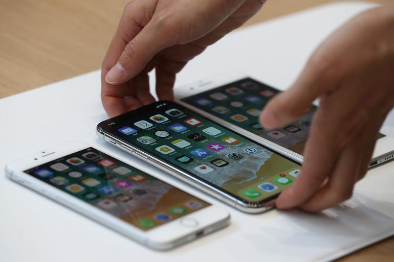 Les iPhone 8, X et 8S lors de la keynote du 12 septembre 2017