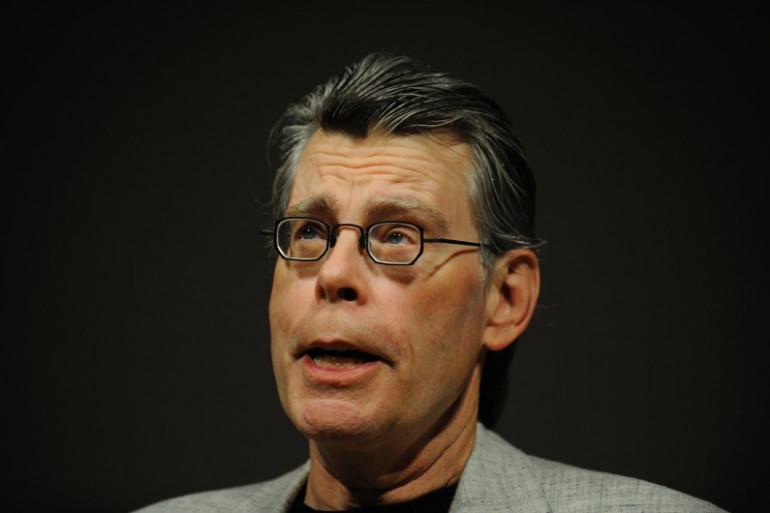 Stephen King lors d'une conférence de presse en novembre 2009.