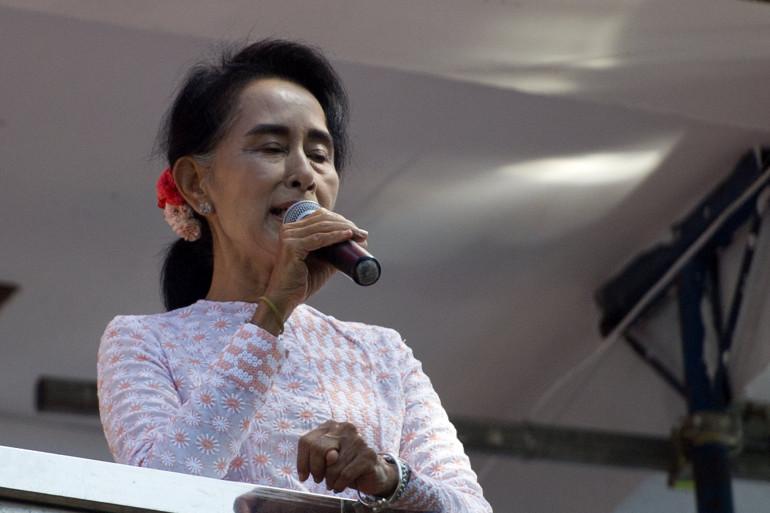 Aung San Suu Kyi incarnait les espoirs démocratiques de son pays depuis près de trente ans.