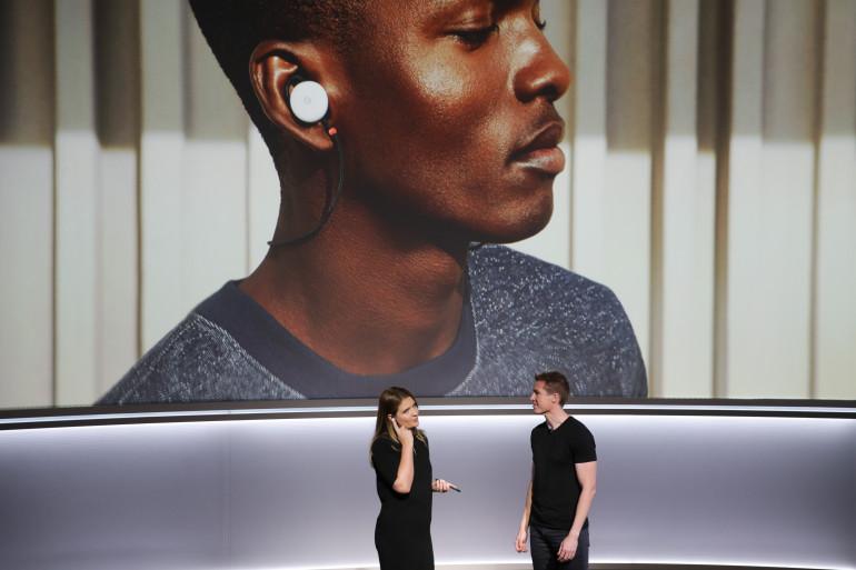 Les écouteurs Pixel Buds sont capables de traduire 40 langues à la volée