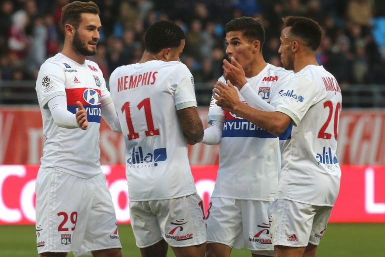 Lucas Tousart, Memphis Depay, Houssem Aouar et Fernando Marçal avec Lyon le 22 octobre 2017
