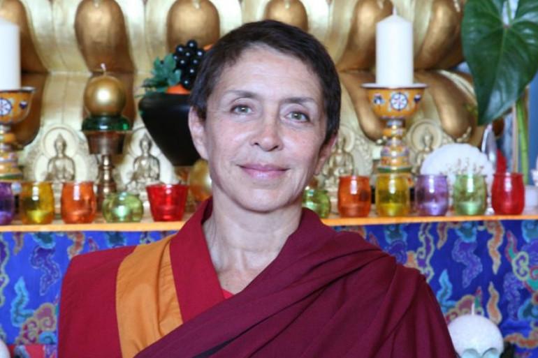 Davina Delor, de Gym Tonic à none bouddhiste