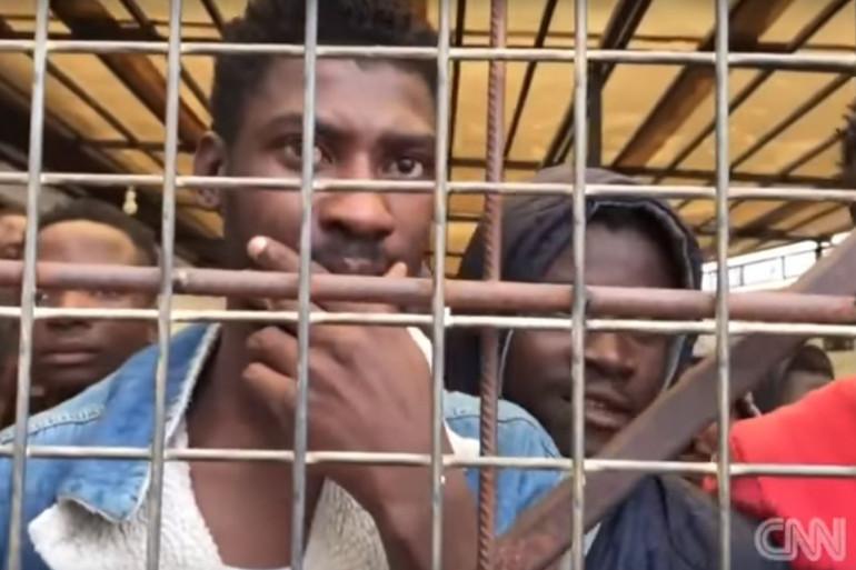 Des migrants sont vendus comme esclaves en Libye pendant leur fuite