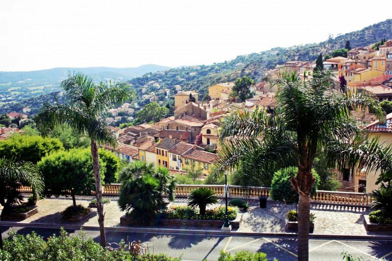 La ville de Bormes les Mimosas (Var)