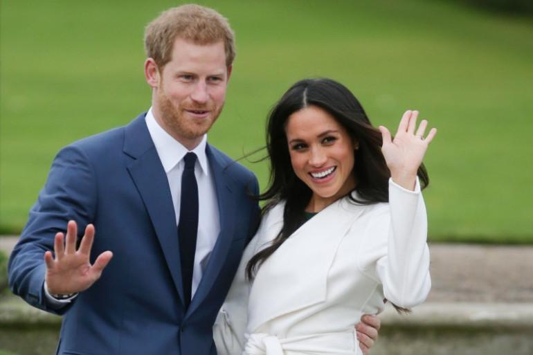 Le prince Harry et sa fiancée Meghan Markle au Sunken Garden de Kensington Palace, le 27 novembre 2017.